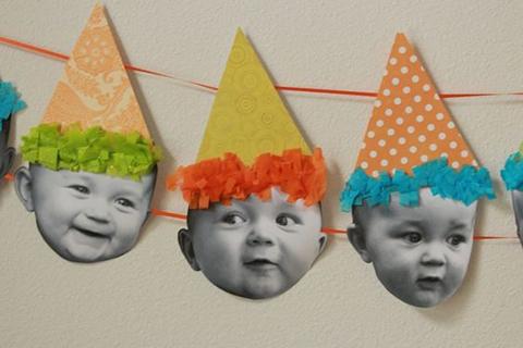 Verjaardagsslinger met gezicht kleuter erop