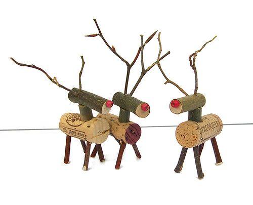 knutselen kerst met kurken rendieren maken